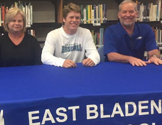 Kyle Tatum signs with Brunswick CC