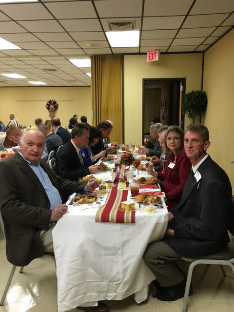 Kiwanis Club at Farm City Banquet