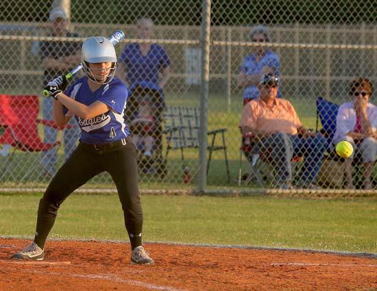 01_East_Bladen_Trask_softball