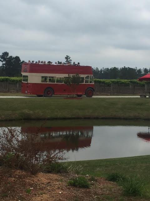 Double Decker bus at Lu Mil Vineyard Tomato Sandwich Day