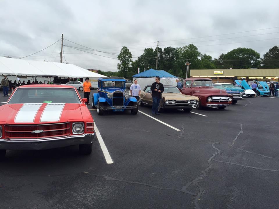Car Show at WLWF