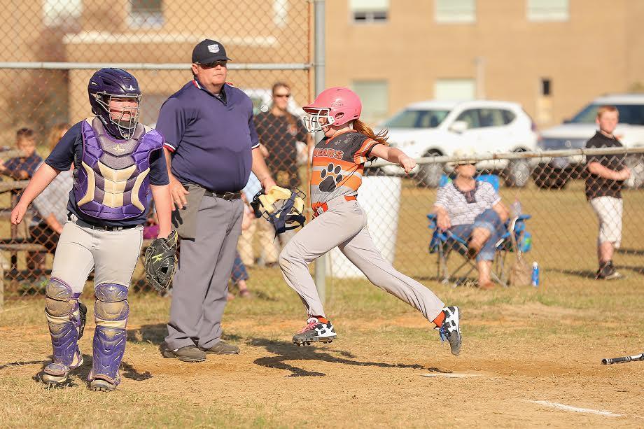 Bladenboro vs Etown softball 11