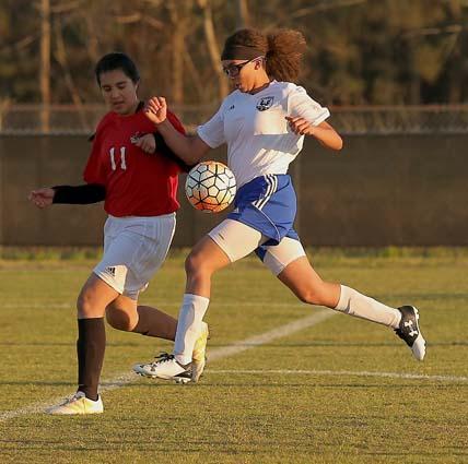 East_Bladen_Red_Springs_soccer_07