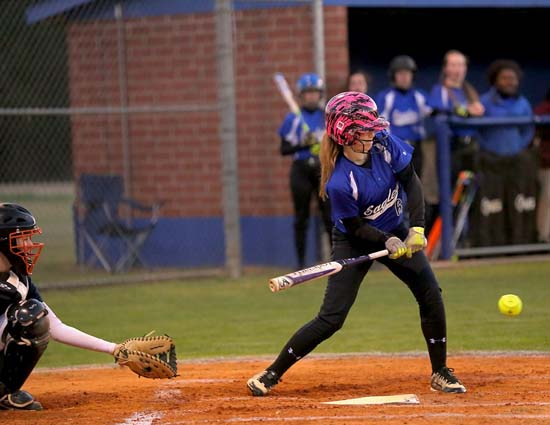 East_Bladen_West_Columbus_softball_05