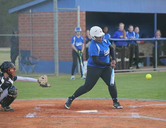 East_Bladen_West_Columbus_softball_07
