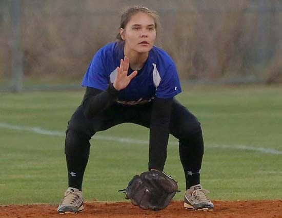 East_Bladen_West_Columbus_softball_08