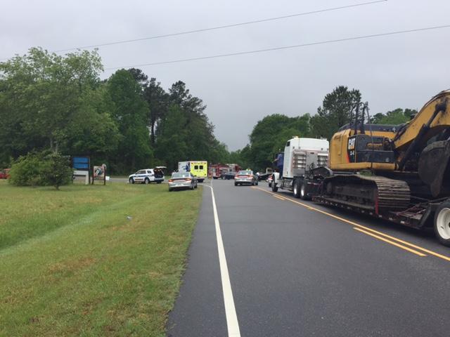 Crash at NC 41 West and Marsh Road temporarily closes road