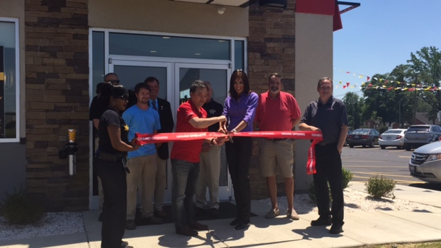 Hardees Ribbon Cutting 3