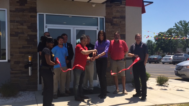 Hardees Ribbon cutting 4