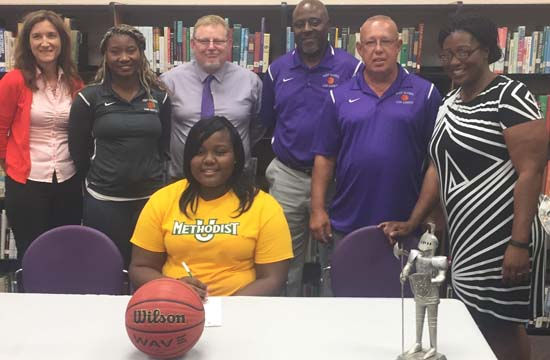 Jerena Purdie Signs to Play Basketball at Methodist