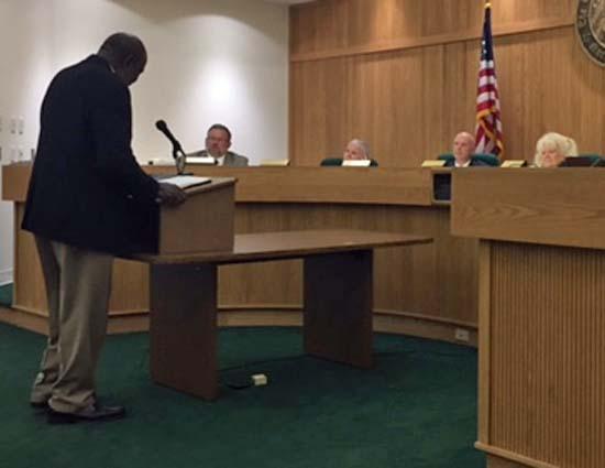 Oscar Burney addresses the Elizabethtown Town Council about his bid that was denied