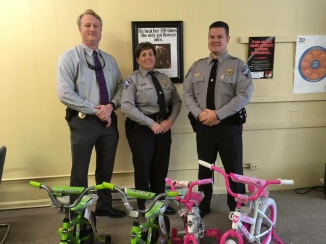 Elizabethtown Police Department brings joy