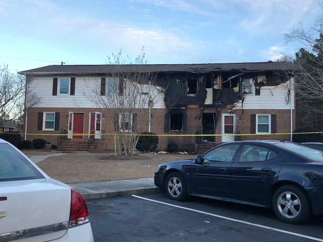 Fire damages Elizabethtown apartment building