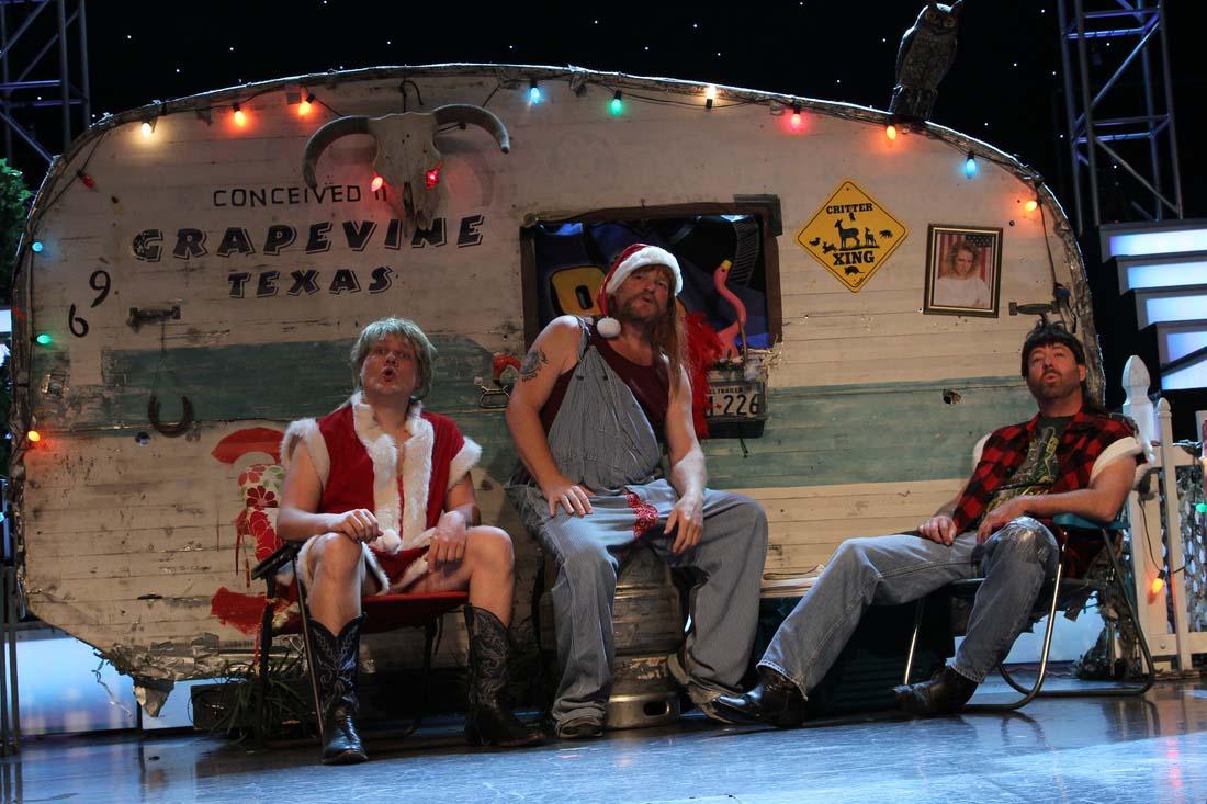 3 Redneck Tenors trailer SMALL