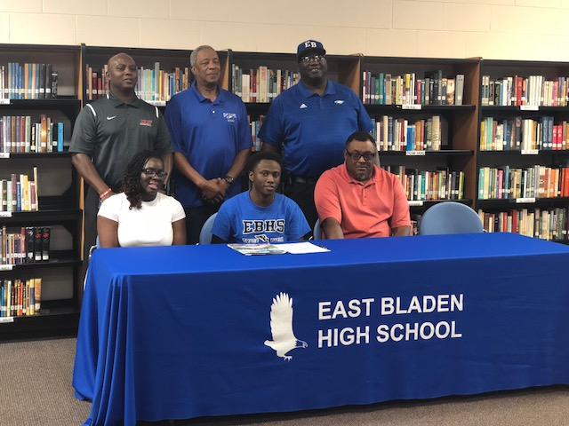 Carter Commits to Louisburg College