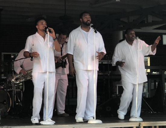 Legacy_Motown_Revue_04
