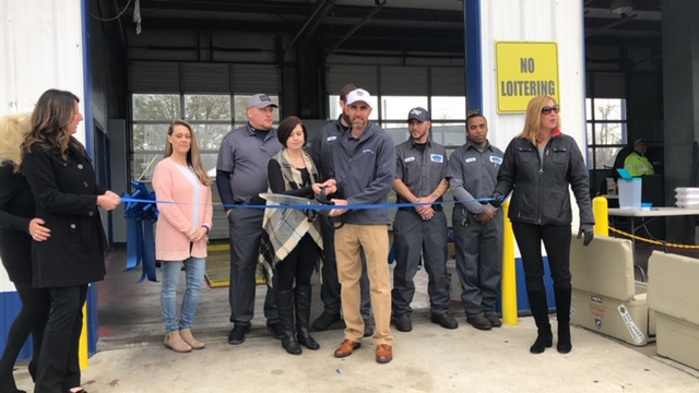 Bladen Express Lube Ribbon Cutting 3