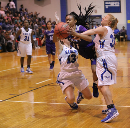 West_Bladen_East_Bladen_girls_01