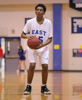 East_Bladen_JV_Boys_East_Columbus_12