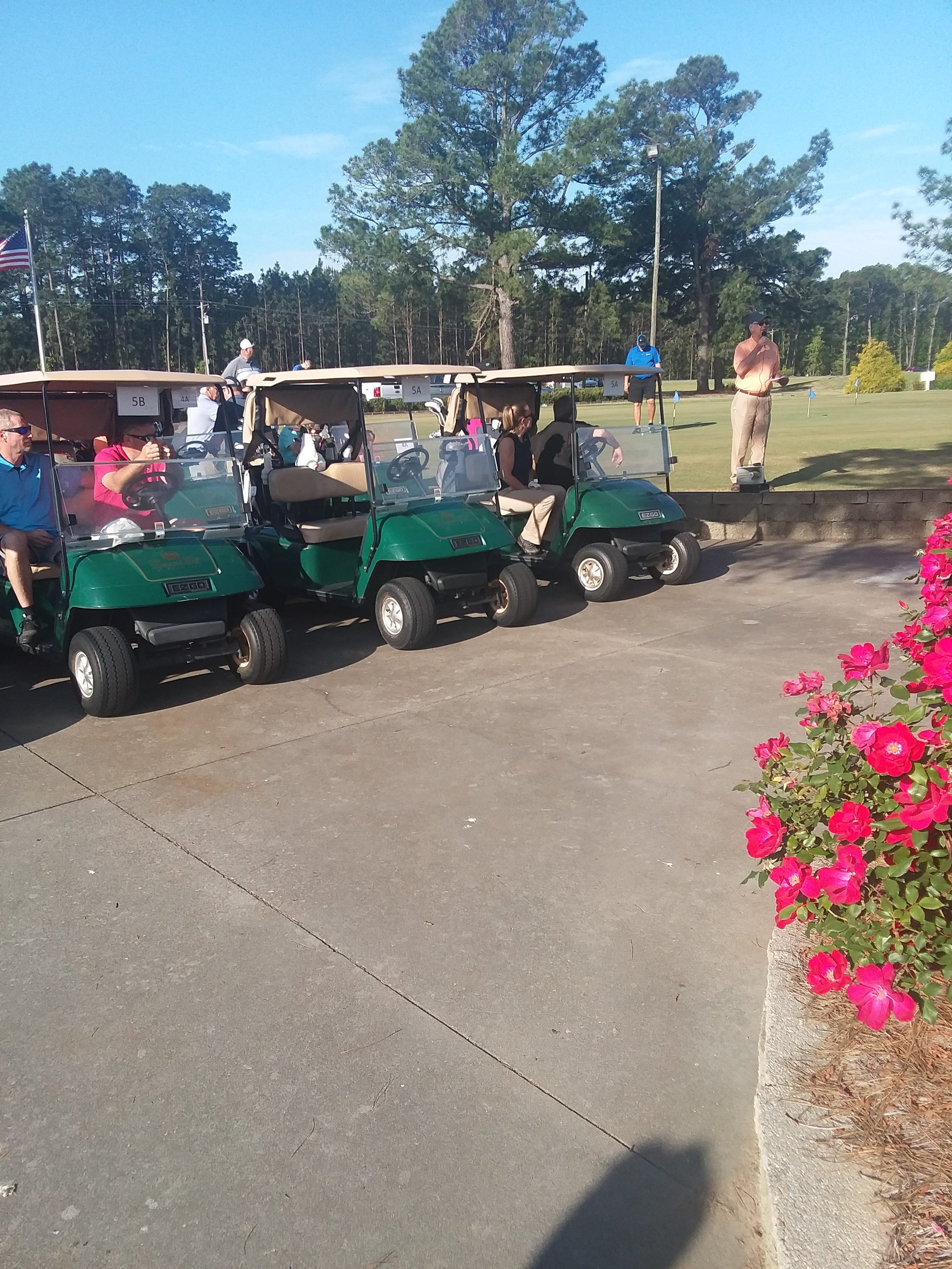 Golfers Tee off for Bladen We Care 4