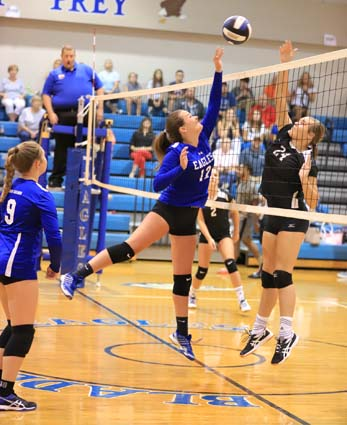 East_Bladen_JV_South_Columbus_volleyball_02