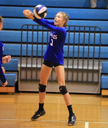 East_Bladen_JV_South_Columbus_volleyball_11