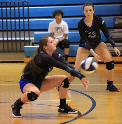 East_Bladen_South_Columbus_volleyball_03