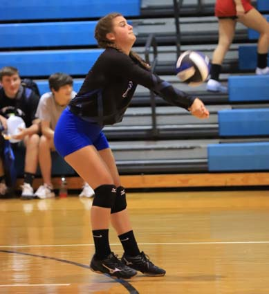 East_Bladen_South_Columbus_volleyball_05