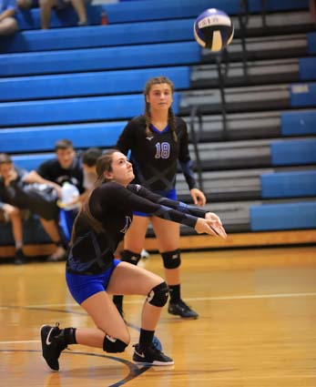 East_Bladen_South_Columbus_volleyball_06