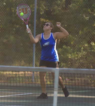 East_Bladen_West_Bladen_tennis_04