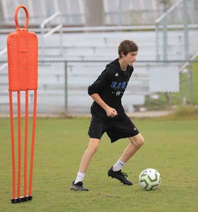 East_Bladen_soccer_practice_02