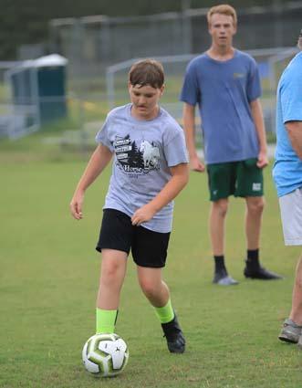 East_Bladen_soccer_practice_05