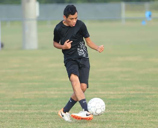 West_Bladen_soccer_practice_04