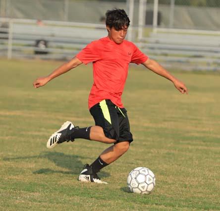 West_Bladen_soccer_practice_08