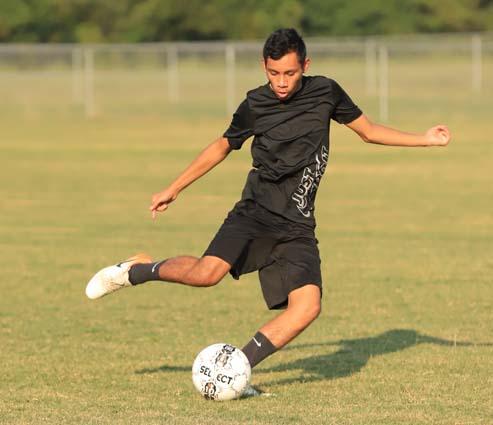 West_Bladen_soccer_practice_10