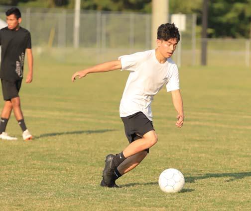 West_Bladen_soccer_practice_11