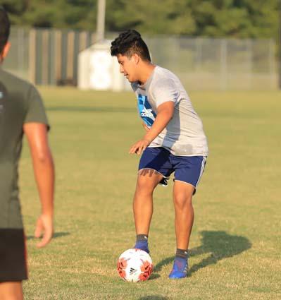 West_Bladen_soccer_practice_12