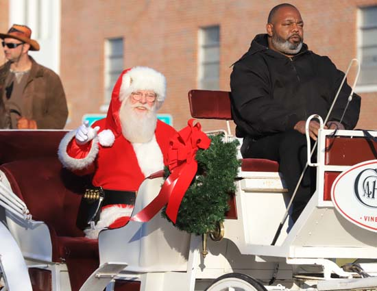 Elizabethtown_Christmas Parade_02