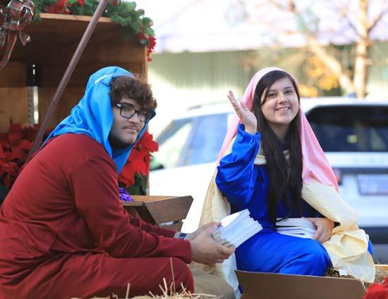 Elizabethtown_Christmas Parade_10