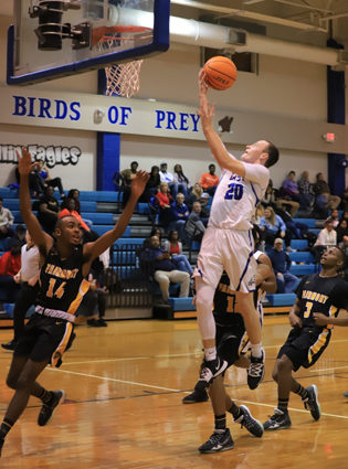 East_Bladen_Fairmont_boys_04
