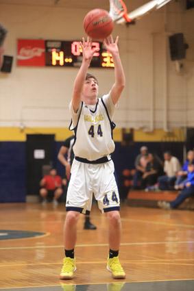 Tar_Heel_Bladenboro_basketball_02