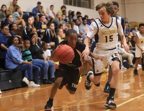 Tar_Heel_Bladenboro_basketball_09