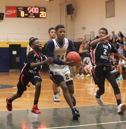 Tar_Heel_Bladenboro_basketball_10