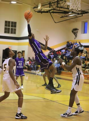 West_Bladen_Fairmont_JV_Boys_07