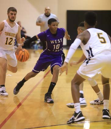 West_Bladen_Fairmont_JV_Boys_08