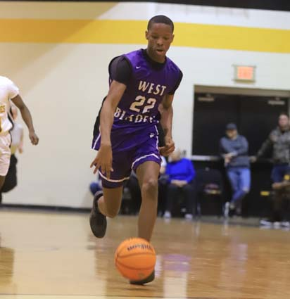 West_Bladen_Fairmont_JV_Boys_09