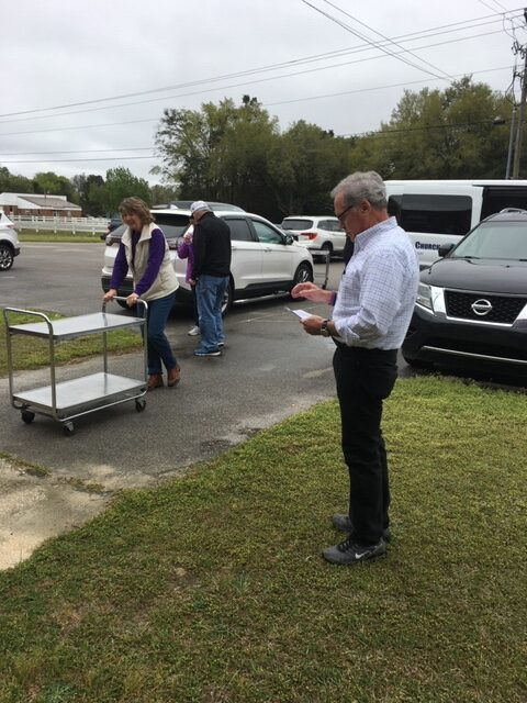Churches Help Schools Deliver Food to Students