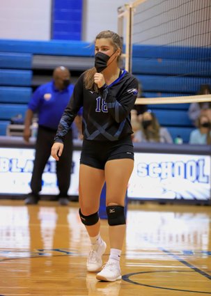 East_Bladen_volleyball_02