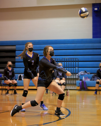 East_Bladen_volleyball_04
