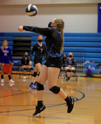 East_Bladen_volleyball_05